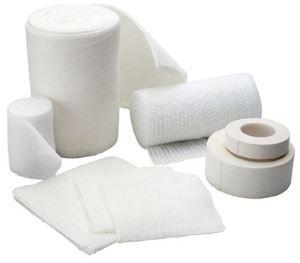 garze bianche medicate con soluzione